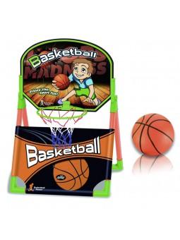 Cistella de bàsquet amb pilota